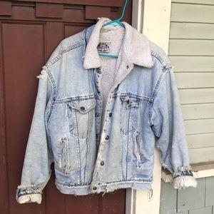 Cozy lined Levi's Jean Jacket